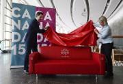 Le député Will Amos et Ela Kinowska ont... (Sean Kilpatrick, La Presse canadienne) - image 3.0