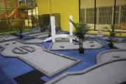 Un espace mini-putt est aussi proposé.... (Photo Le Quotidien, Isabelle Tremblay) - image 1.0