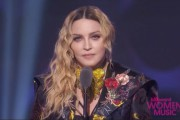 Madonna sacrée femme de l'année par Billboard... (Billboard Women Music) - image 7.0