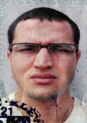 Anis Amri... (photo police allemande/AP) - image 6.0