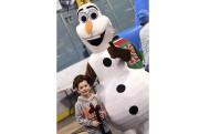 Olaf, célèbre personnage de La reine des neiges,... (Photo Le Quotidien, Michel Tremblay) - image 1.0