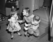 Sur cette photo datant de février 1959, Debbie... (PHOTO ARCHIVES AP) - image 2.0