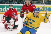 Daniel Alfredsson a représenté son pays à plusieurs... (Archives, Associated Press) - image 18.0