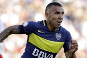 L'attaquant argentin Carlos Tevez évoluait auparavant avec le club... (archives Associated Press) - image 3.0