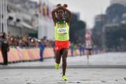 Le coureur Feyisa Lilesa a volé la vedette... (photo olivier morin, archives agence france-presse) - image 1.1