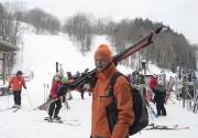 Les skieurs qui ont bravé la tempête de... (Sylvain Mayer) - image 4.0