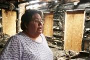 La docteure Anne-Marie Chassé au milieu des décombres... (Catherine Trudeau, archives La Voix de l'Est) - image 3.0