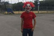 Deux adolescents déguisés en clowns ont semé la... (Facebook) - image 9.0