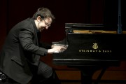 Charles Richard-Hamelin sera à l'oeuvre avec Mozart et... (Archives, La Presse) - image 4.0