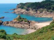 L'Île au Guerdain sur la côte à Saint-Brélade,... - image 3.0
