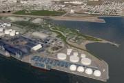 Sur cette vue aérienne, les nouveaux réservoirs sont... (image Port de Québec GraphSynergie) - image 2.0