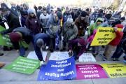Un rassemblement pour les droits des immigrants en... (AP) - image 2.0