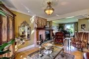 Cette splendide maison canadienne, située en... (Groupe Sutton - Accès-Plus) - image 2.1
