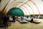 À Montereale, une grande tente a été dressée... (AFP) - image 2.0