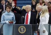 Le président Donald Trump salue la foule après... (AP, Patrick Semansky) - image 3.0