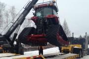 L'équipement a ensuite été soulevé et placé sur... (Photo courtoisie) - image 1.1