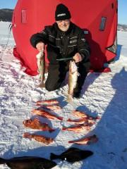 Ronald Gauthier à l'ouverture de la pêche au... (Courtoisie) - image 1.0