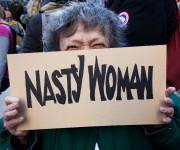 Une manifestante à New York... (AFP) - image 1.0