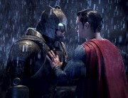 Ben Affleck et Henry Cavill dansBatman vs Superman... (AP, Clay Enos) - image 2.0