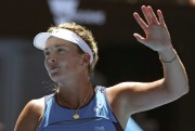 Coco Vandeweghe (photo) a facilement battu la gagnante... (Photo Aaron Favila, Associated Press) - image 1.0