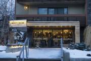 Le café Whitebark, situé sur Banff Avenue... (La Presse, Yannick Fleury) - image 7.0