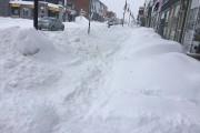 À l'ouverture des commerces, d'importants bancs de neige... (Courtoisie) - image 1.0