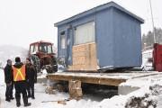 Plusieurs personnes ont fait peser leur cabane à... (Le Quotidien, Michel Tremblay) - image 1.0