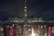 Vigile sur la colline du Parlement à Ottawa... (La Presse canadienne) - image 3.0