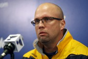 Le nouvel entraîneur-chef des Blues, Mike Yeo.... (Photo Jeff Roberson, AP) - image 2.0