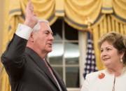 Rex Tillerson a prêté serment, mercredi soir, le... (AFP, Nicholas Kamm) - image 3.0