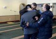 Plusieurs membres de la communauté musulmane ont été... (Le Soleil, Yan Doublet) - image 5.0
