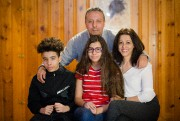 Rafik Boualam, sa femme Khadija et leurs enfants,... (Photo Ninon Pednault, La Presse) - image 1.0