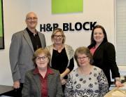 Patricia Jean, Louiselle Plourde et Suzanne Berger (au... (fournie par H & R Block Groupe de l'Est) - image 7.0