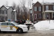 Les policiers ont réalisé 11 perquisitions dans des... (Alain Dion, La Voix de l'Est) - image 5.0