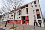 L'immeuble visés par les policiers, à Montpellier, près... (AFP, PASCAL GUYOT) - image 1.0