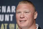 Si Brock Lesnar devait décider de revenir à... (archives Associated Press) - image 3.0