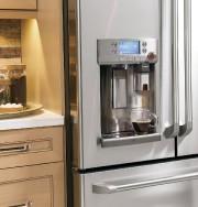 Le réfrigérateur GE Café doté du système d'infusion... (PHOTO FOURNIE PAR ÉLECTROMÉNAGERS GE) - image 6.0