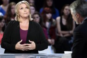Samantha Geimer sur le plateau du Grand Journal,... (AFP) - image 2.0