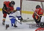 L'Équipe féminine du Québec a inscrit trois buts... (Le Soleil, Patrice Laroche) - image 1.0