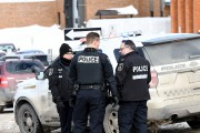 Une importante opération policière a été déclenchée jeudi... (Photo Le Quotidien, Rocket Lavoie) - image 1.0