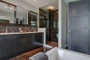 Le plancher en marbre de la salle de... (Photo fournie par Profusion Immobilier) - image 1.0