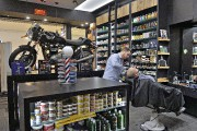 Ouvert récemment par les Jimenez, le salon Blades... (Le Soleil, Patrice Laroche) - image 7.0