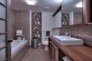 La salle de bain avec baignoire jouxte l'ancienne... (Photo fournie par par Keller Williams Prestige) - image 2.0