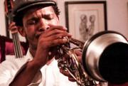 Le trompettiste Mandla Mlangeni... (Photo tirée du site de Coffeebeans Route) - image 2.0