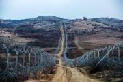 Un mur a été érigé entre la Macédoine... (Photo Robert ATANASOVSKI, archives AFP) - image 2.0