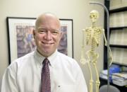 Jean-Francois Roy, orthopédiste instigateur de la superclinique et... (Le Soleil, Jean-Marie Villeneuve) - image 2.0