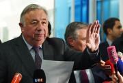 À l'issue d'une réunion de crise au siège... (Photo GABRIEL BOUYS, AFP) - image 1.0