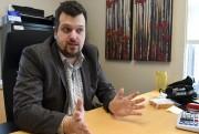 Fiscaliste chez Gescobec, Alexandre Côté-LeBlanc explique que la... (Photo Le Quotidien, Rocket Lavoie) - image 2.0
