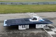 Avec Amanda Hébert au volant, la voiture solaire... - image 1.0