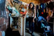 Rebeca Leon dans sa modeste maison, où un... (AFP, Juan Barreto) - image 2.0